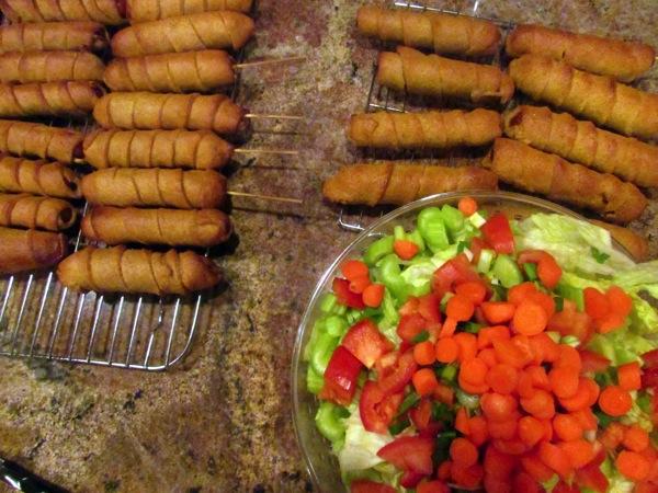 corn-dogs-and-salad2.JPG