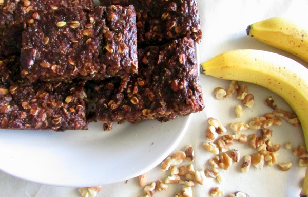 Banana-Walnut-Breakfast-Bars_2.JPG
