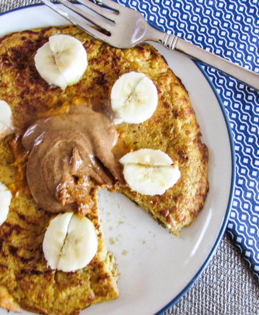 Flour Free Pumpkin Pancake www.hungryhobby.net (glutenfree)