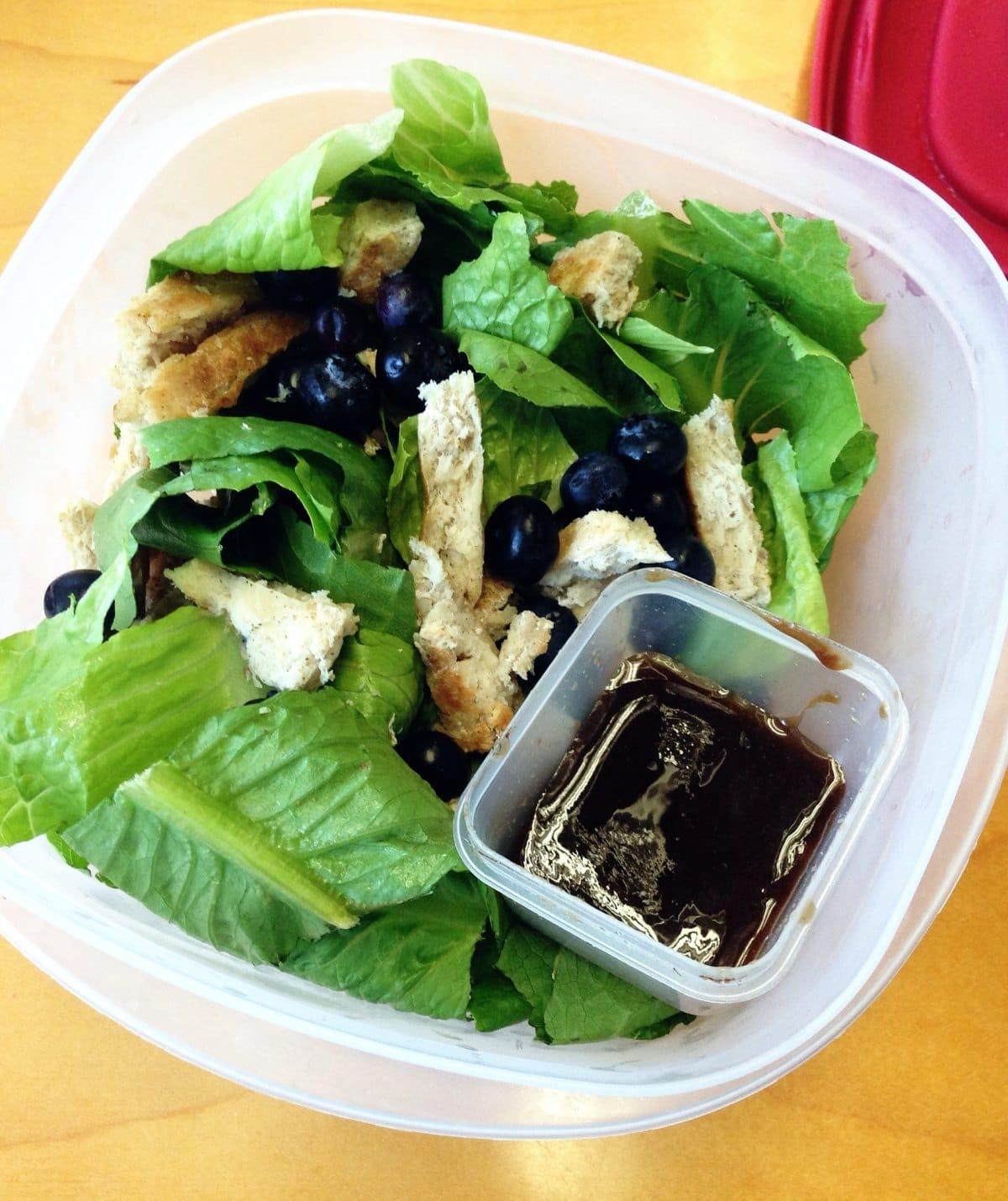 mahi-burger-blueberry-salad