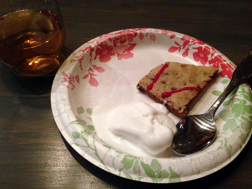 cookie-gelato-wine