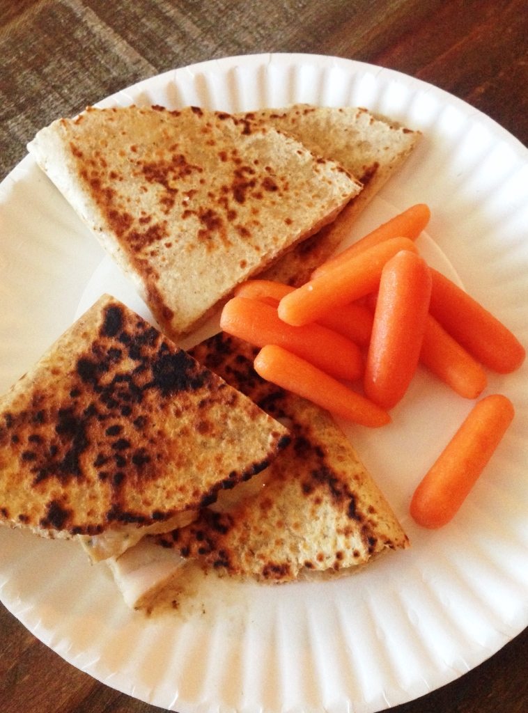 chicken-quesadilla-carrots