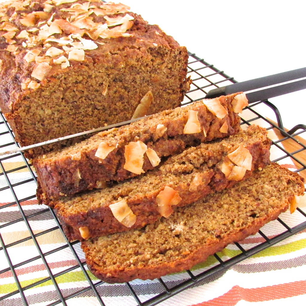 coconut almond banana bread-3