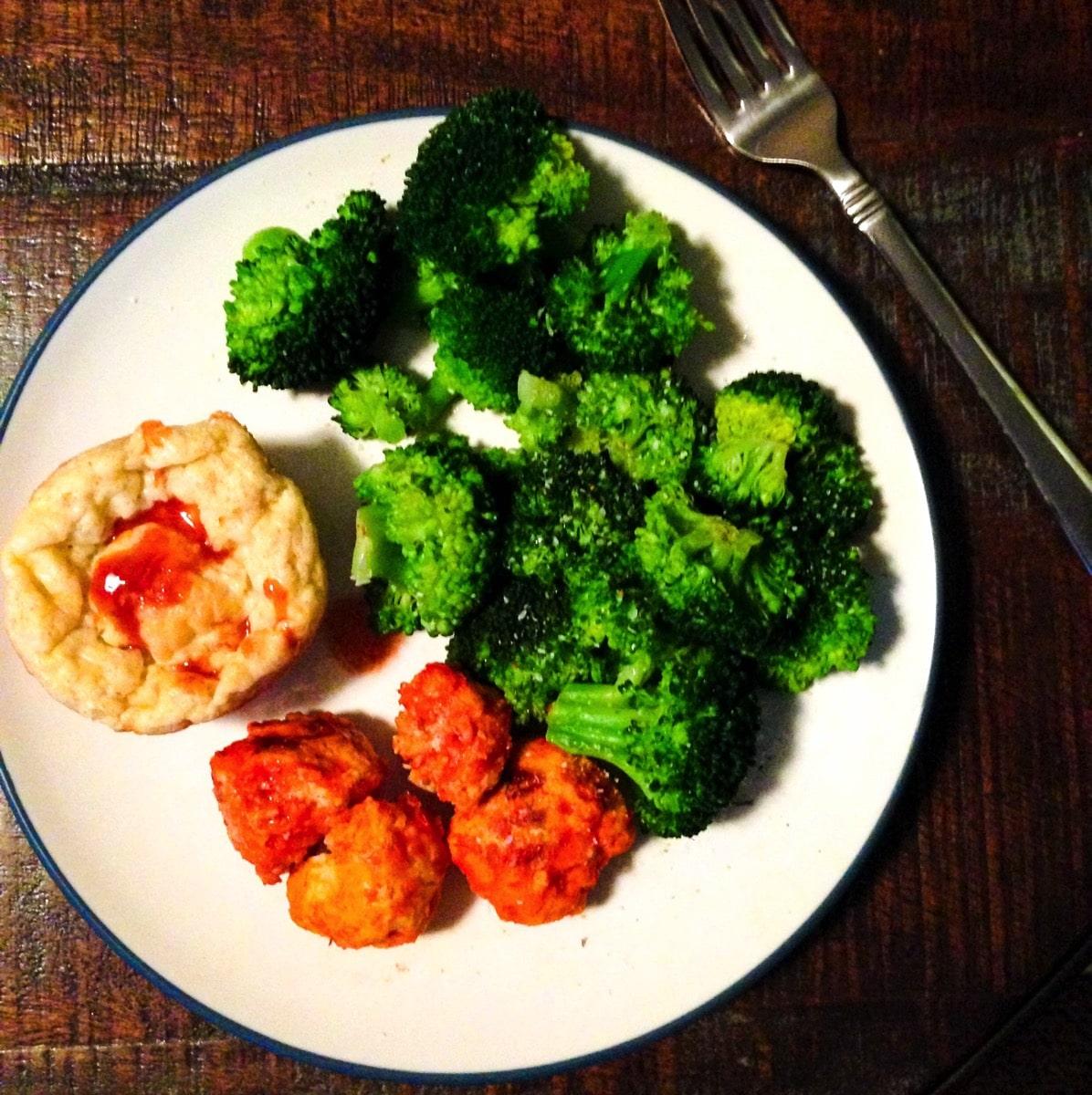 160208 muffin meatballs broccoli
