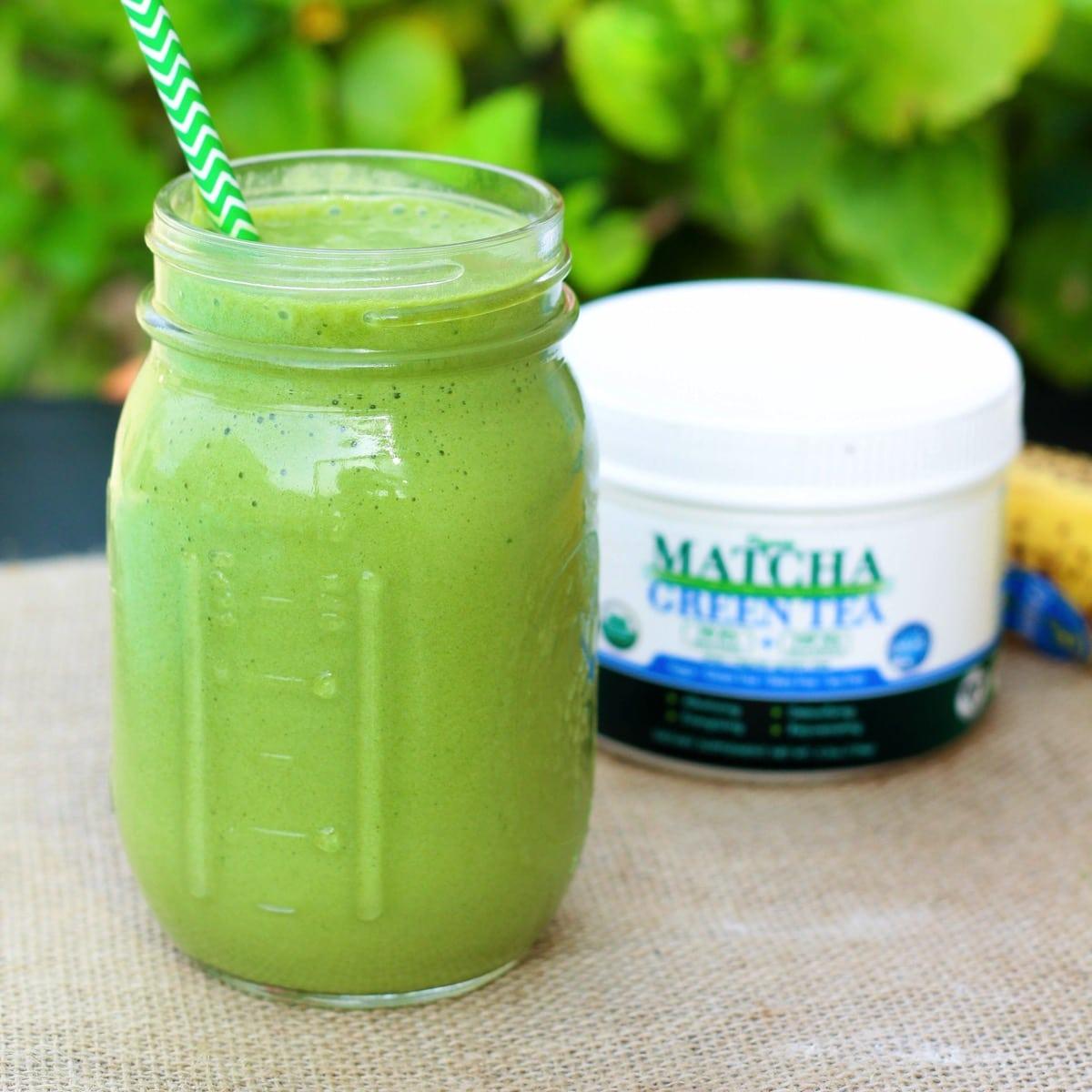 Matcha green tea smoothie square