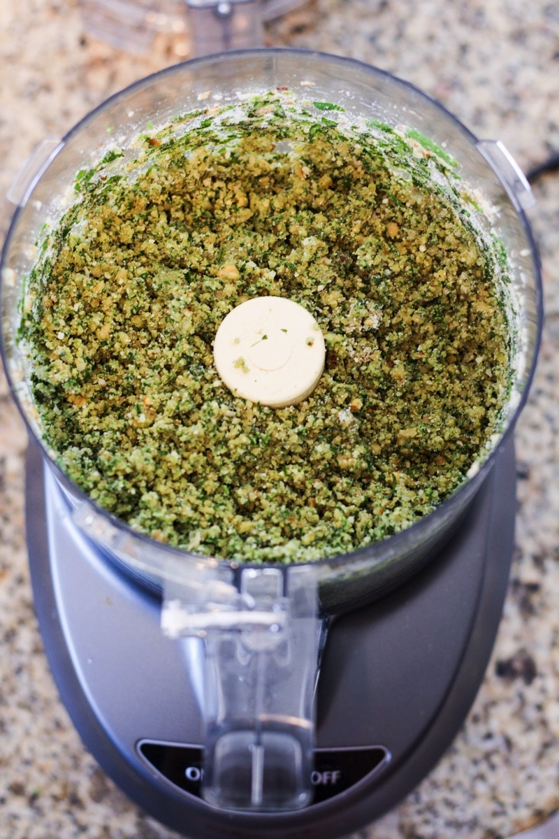 Walnut pesto burger food processor mealingredients