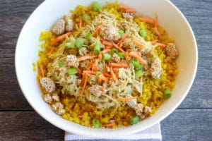 Green Curry Crockpot Chicken & Turmeric Cauliflower Rice recipe via hungryhobby.net