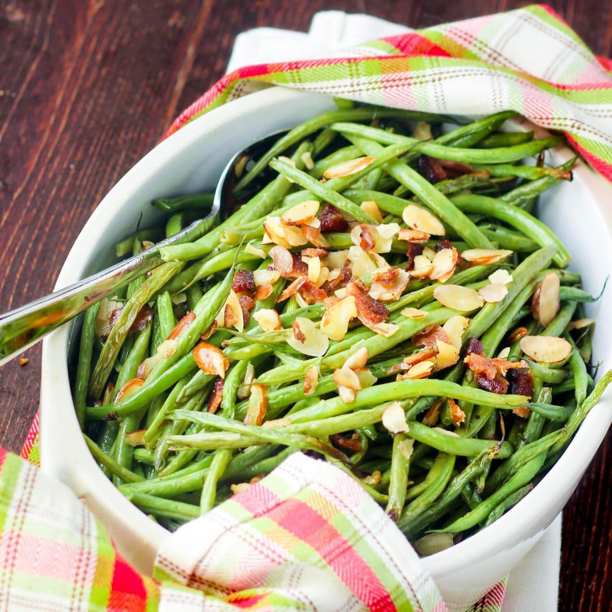 Bacon Green Beans Paleo Recipe via www.hungryhobby.net