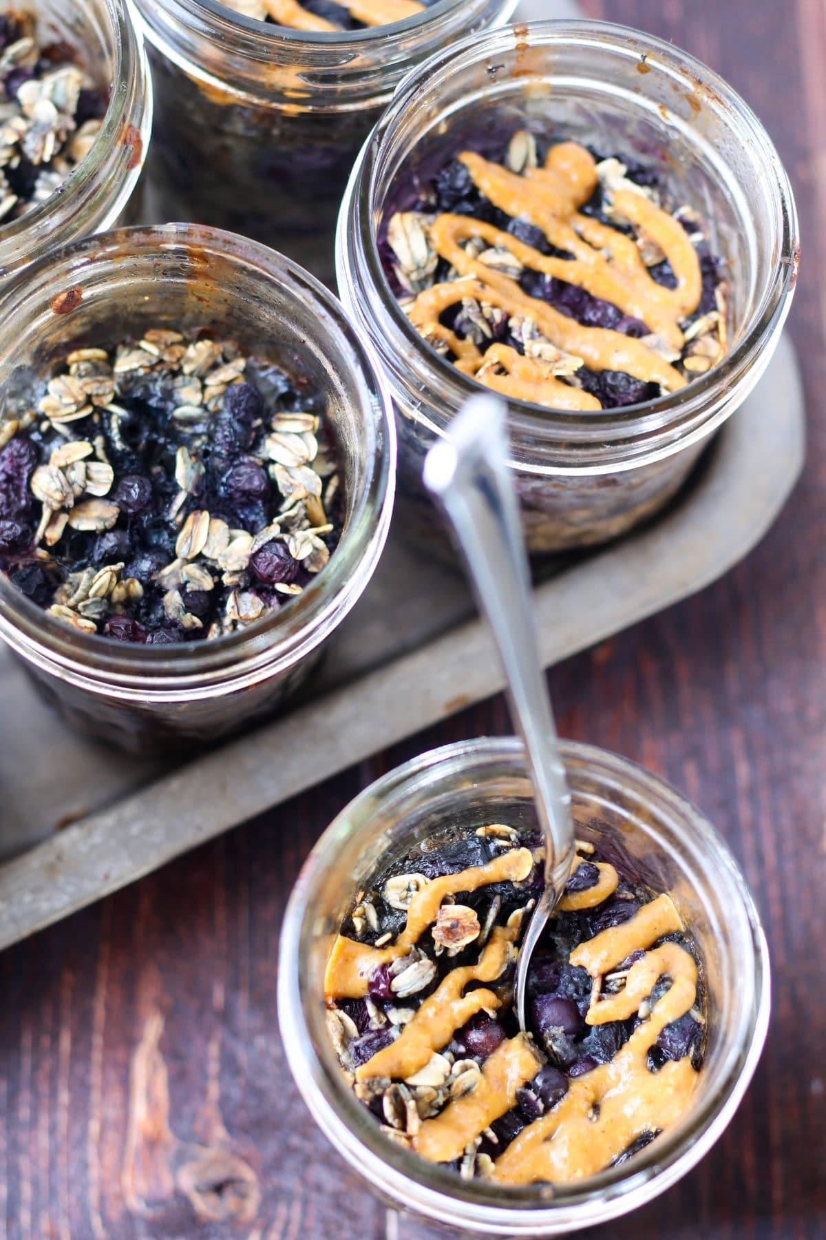 Mason-Jar-baked-oats