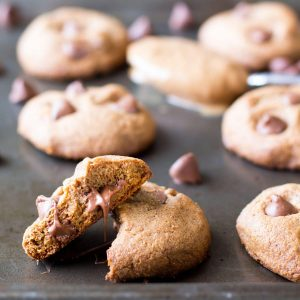 chocolate-chip-cookies-image