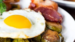 ONE PAN: Balsamic Brussel Sprouts with Bacon and Eggs