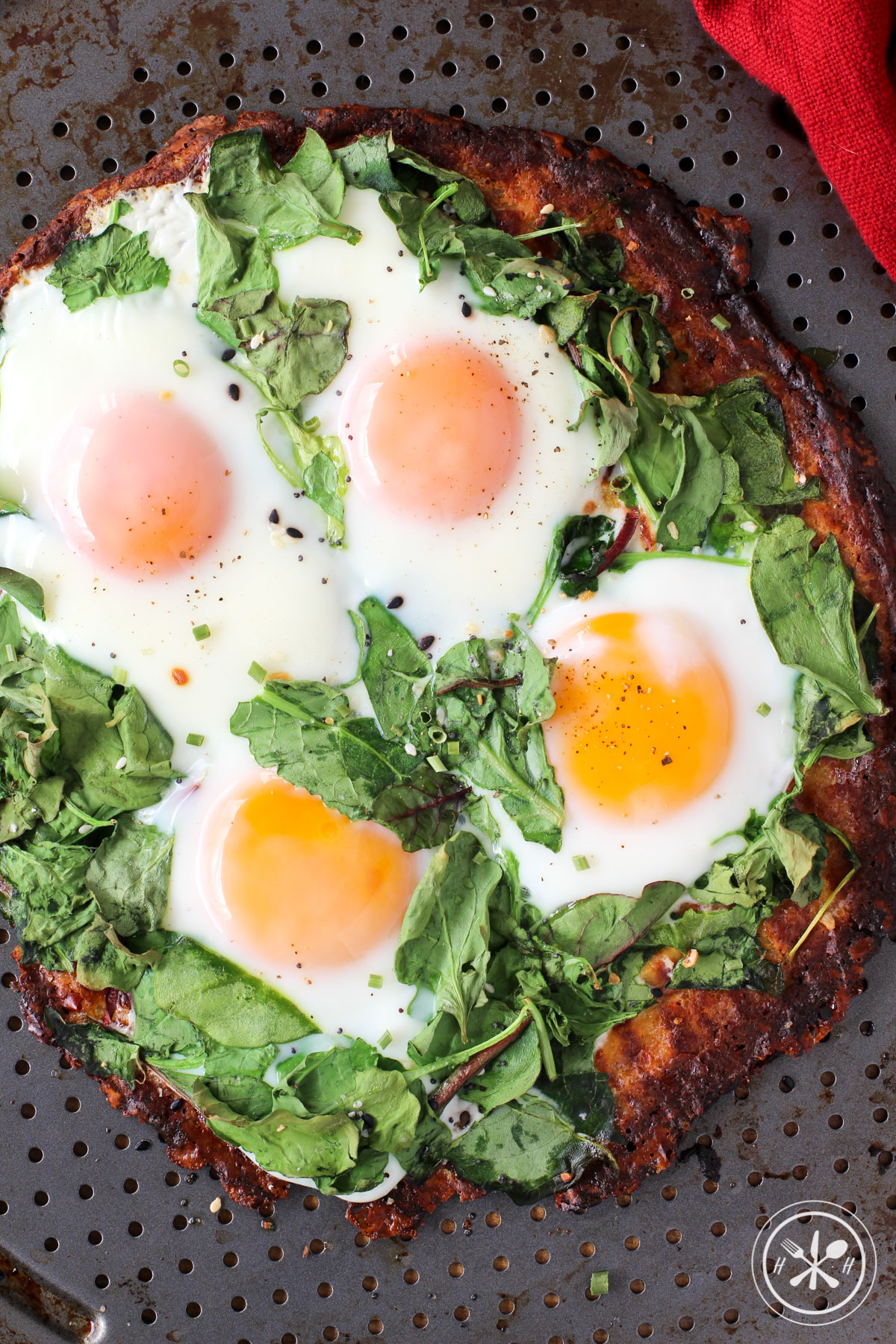 fried-egg-breakfast-pizza