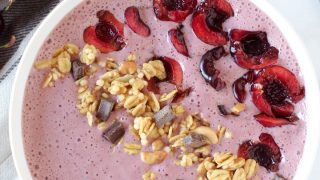 Healthy Cherry Cheesecake Protein Smoothie Bowl