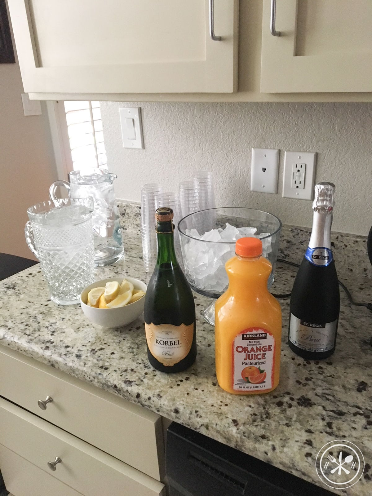baby shower mimosas