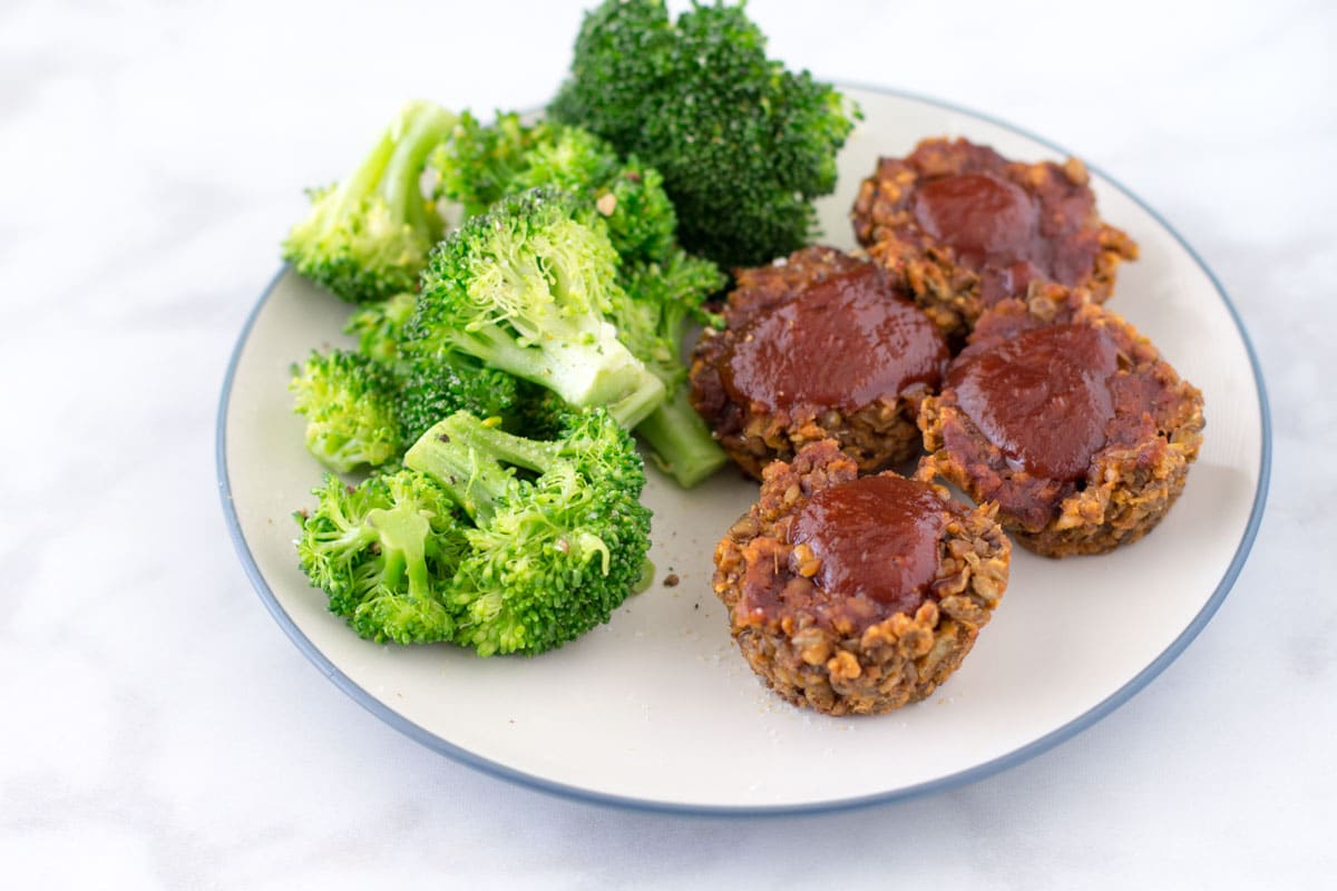 lentil muffins with barbecue